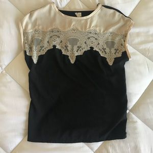 Practically new Lauren Conrad top with ivory lace